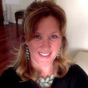 Pamela Snyder DigiVino Founder Teaches GO-U Wine Marketing Mentorship